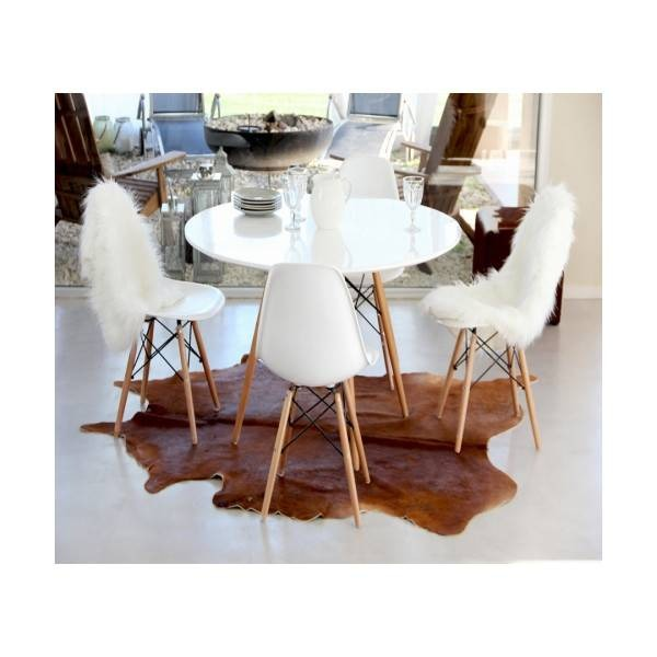 Combo Eames Mesa 4 Sillas Comedor Cocina Madera 60cm