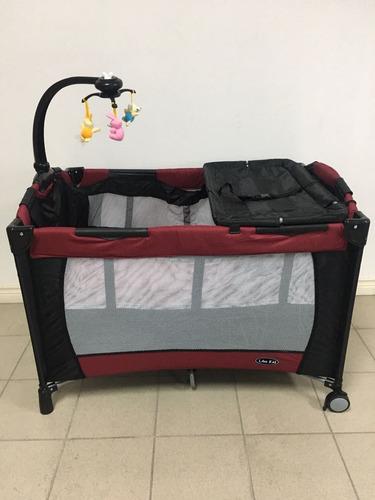 combo encierro-cuna y coche con porta bebé