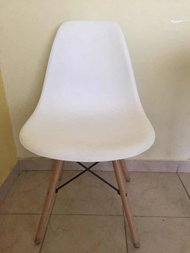 combo mesa nórdica 120 x 70 + 4 sillas eames escandinavo