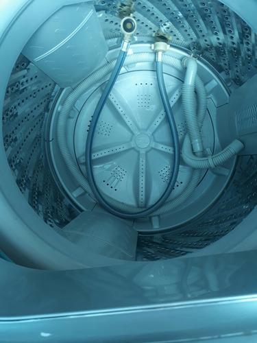 combo poco uso nevera y lavadora   excelente  estado