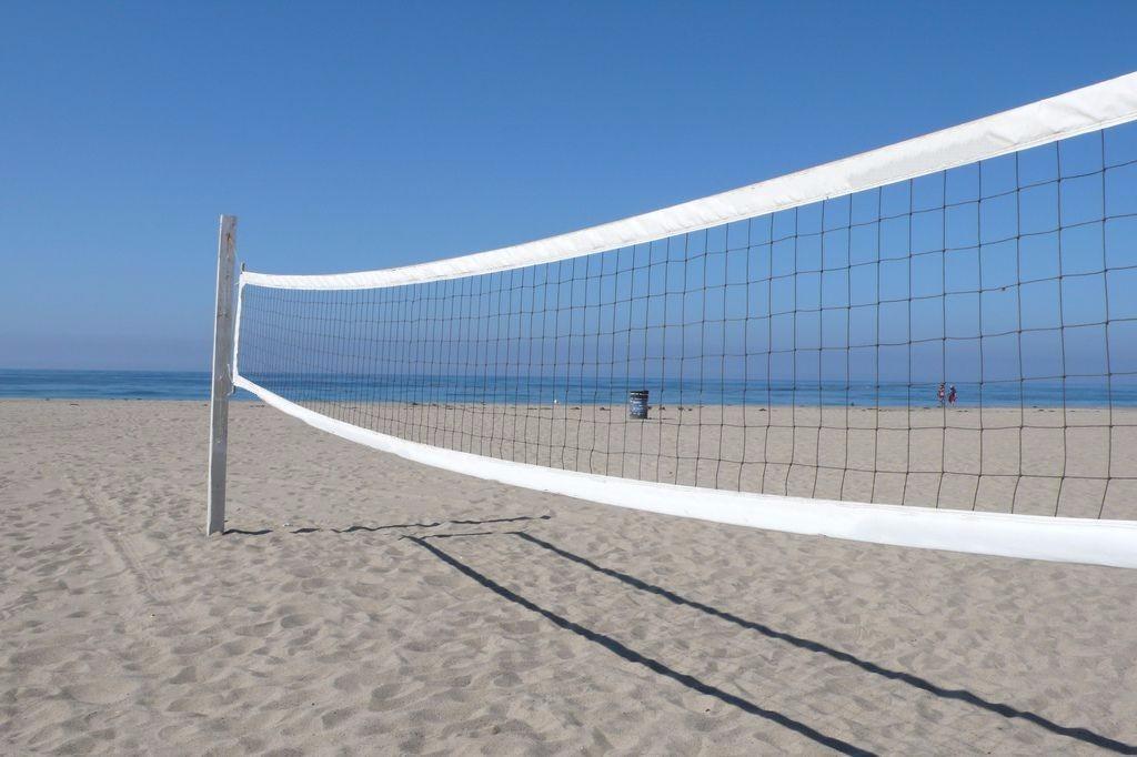 41a2c915378d4 combo rede vôlei de praia + bola mikasa vls 300 + marcação. Carregando zoom.