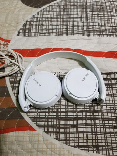 combo reproductor sony nw e393 + audifonos sony originales