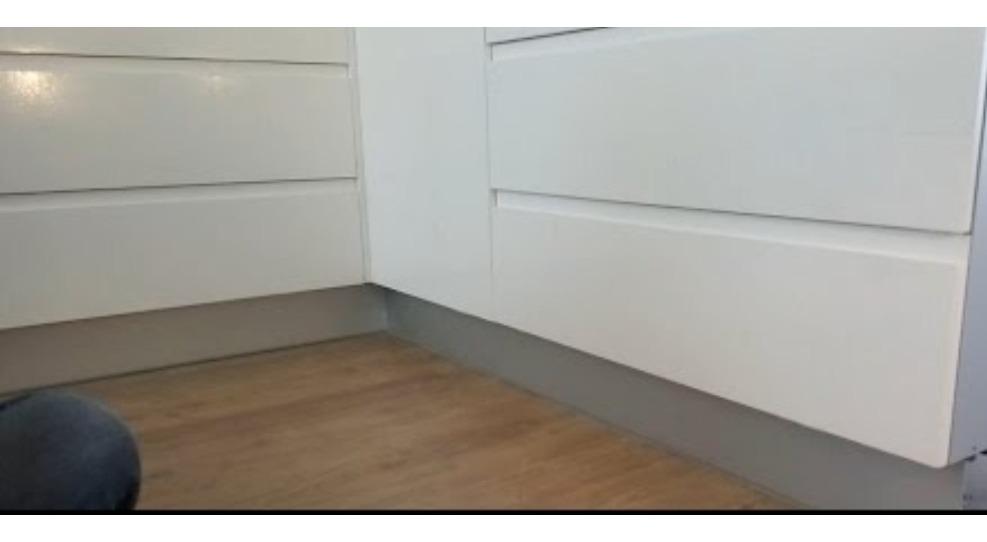 Combo Zocalo Para Mueble De Cocina De Pvc Con Aluminio 12cm