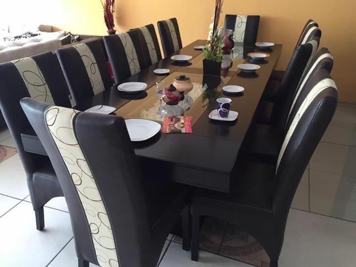 Comedor 12 sillas rectangular moderno comedores 28 000 for Sillas comedor elegantes