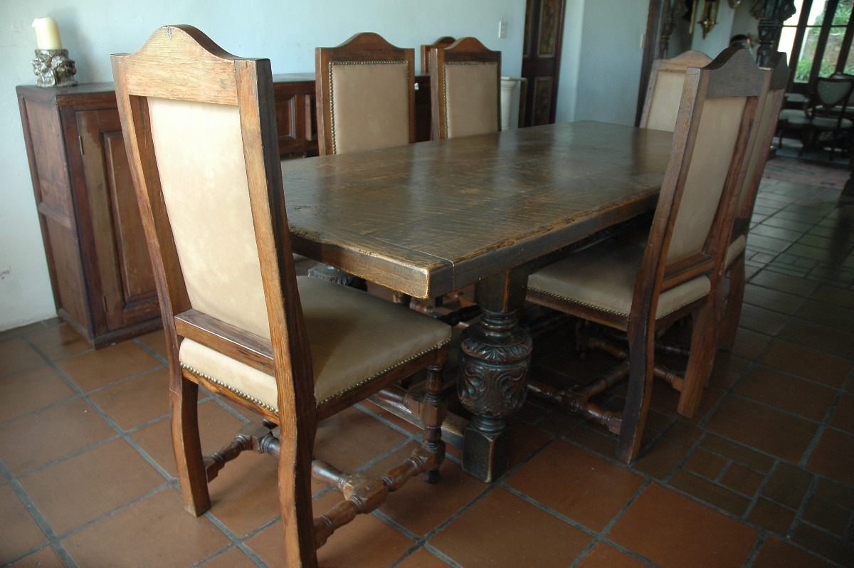Comedor antiguo mesa estilo jacobino con 8 sillas piel for Mesas puestas con estilo