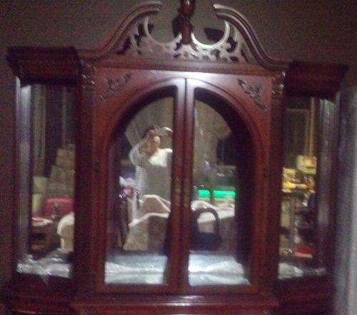 comedor caoba frey 6 sillas vitrina