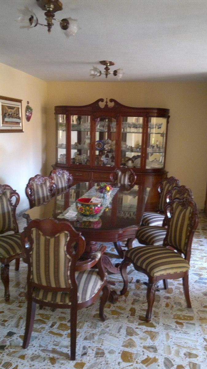 Comedor colonial 8 sillas 100 cedro enchapado hermoso for Comedor 8 sillas usado