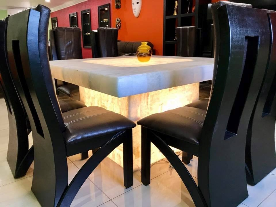 Comedor cuadrado 8 sillas base y cubierta onix 29 200 for Comedor cuadrado 6 sillas