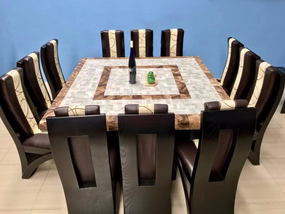 Comedor cuadrado cubierta de piedra onix 12 sillas for Comedores 10 12 sillas