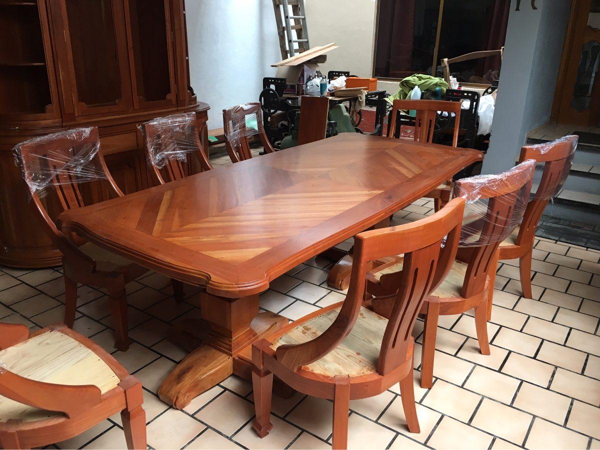 Comedor de 8 sillas madera 100 cedro estufado muy for Comedor 8 sillas madera