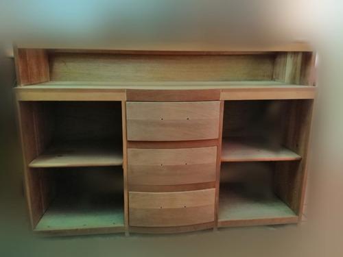 comedor de cedro (8 sillas) con bufetero y librero de pino