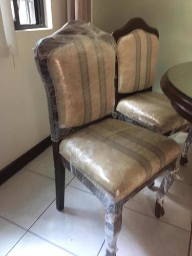 comedor de madera tipo dixie 6 sillas y vitrina