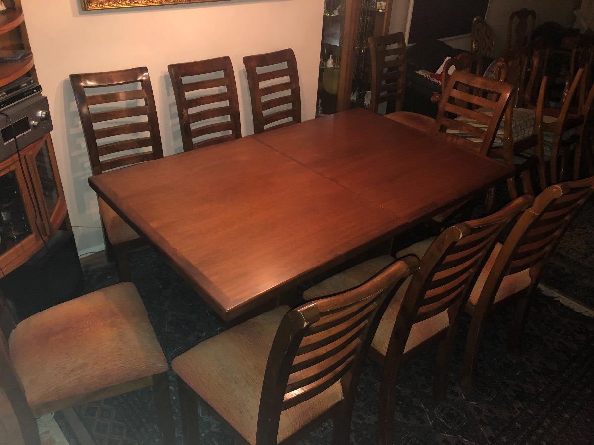 Comedor mesa 10 sillas de madera oferta for Oferta mesa comedor extensible y sillas