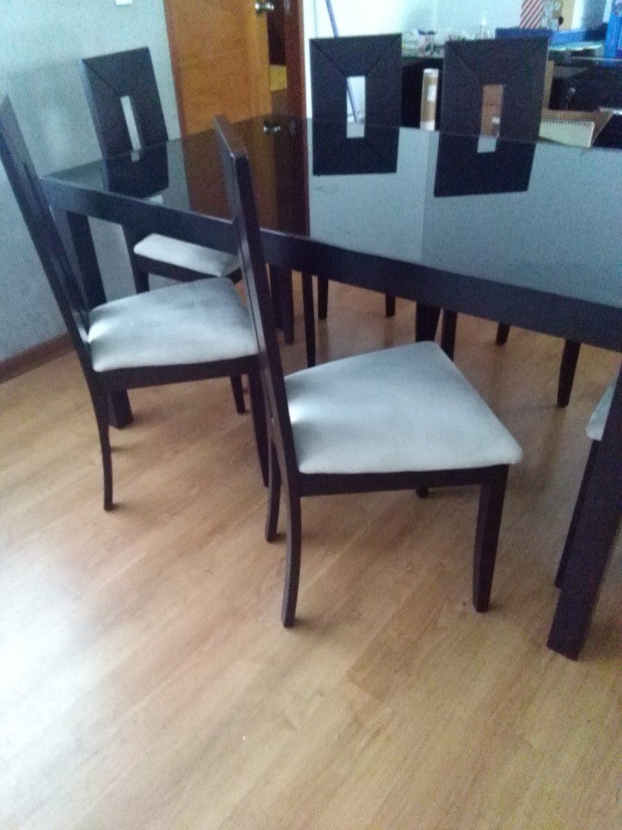 Comedor mesa de madera con vidrio incorporado y 6 sillas for Mesas de comedor de vidrio y madera