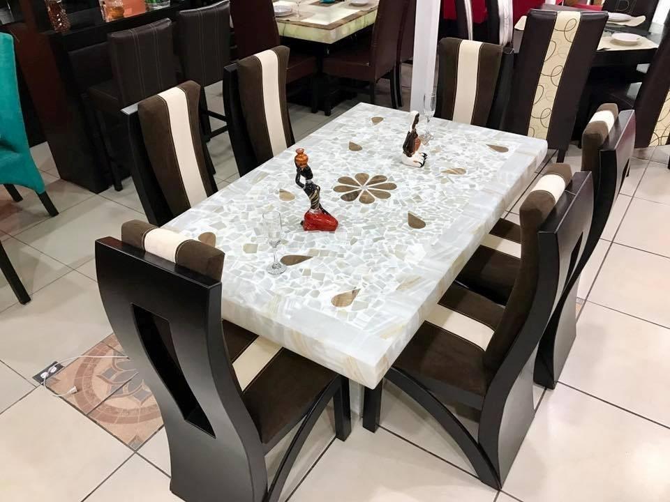 Comedor moderno de 6 sillas base y cubierta piedra onix for Comedor 6 sillas moderno