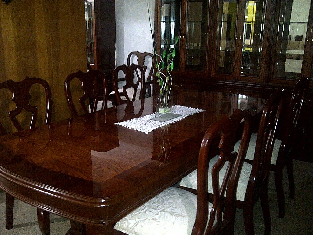 Comedor provenzal modernista tallado a mano en madera fina for Comedor 8 sillas madera