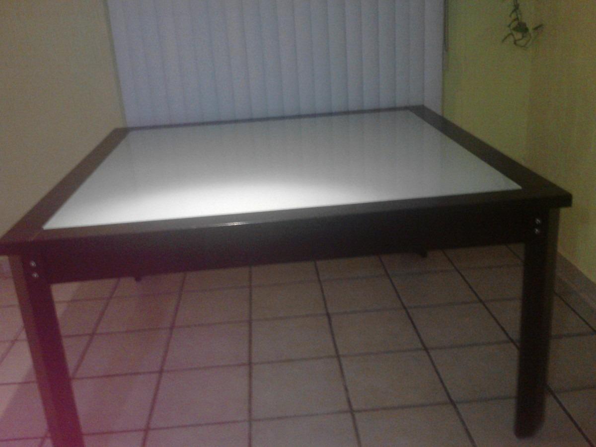 Comedor solo mesa madera y cubierta de cristal templado for Mesa comedor cristal y madera