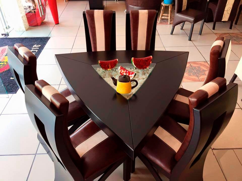 Comedor triangular 6 sillas moderno piedra onix 16 800 for Comedores sillas