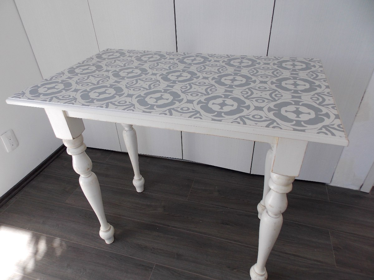 Mesa shabby chic centros de mesa shabby chic with mesa for Comedor gris vintage