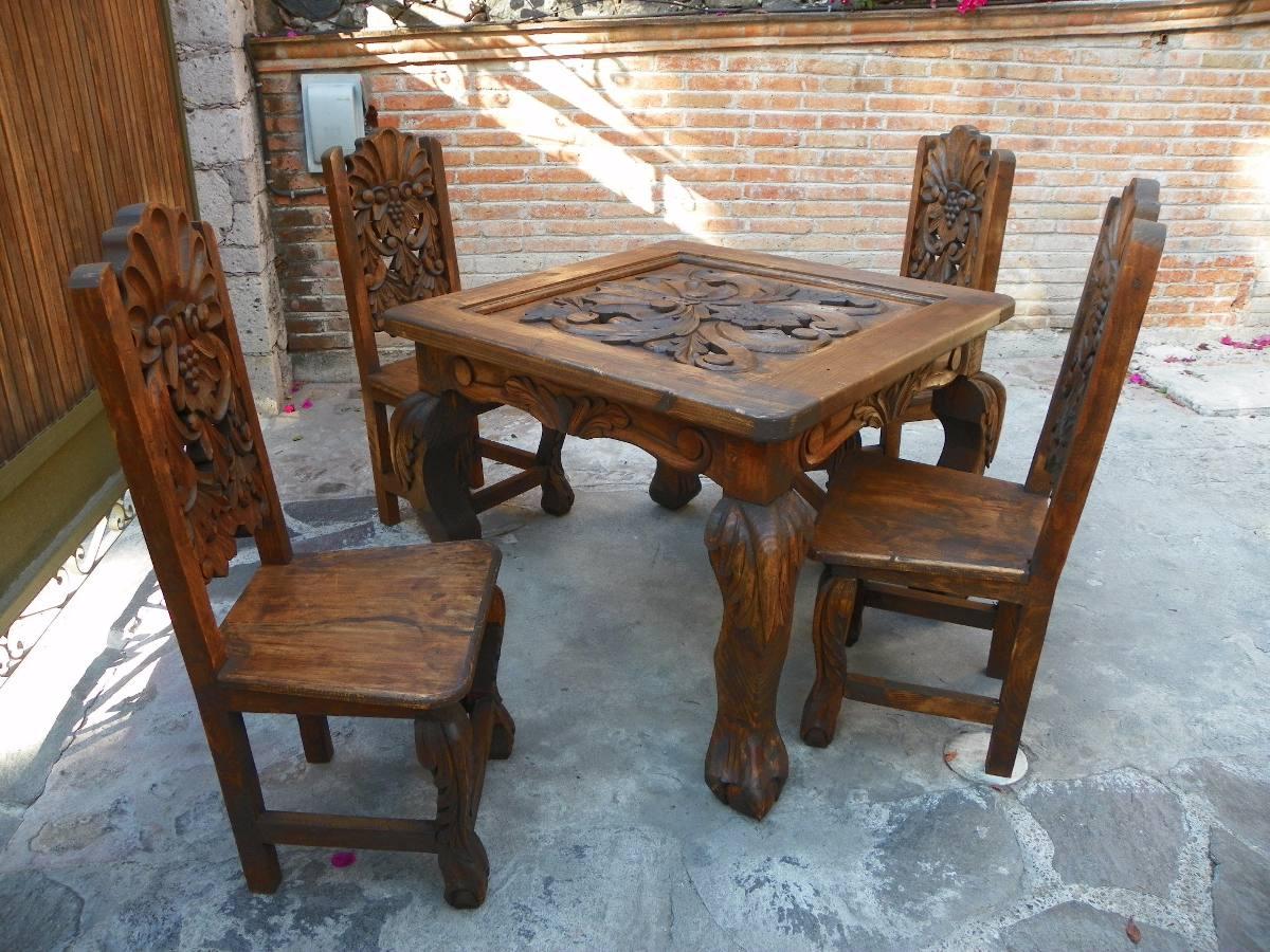 Comedor vintage tallado en madera acabado antiguo a la for Muebles de comedor en madera