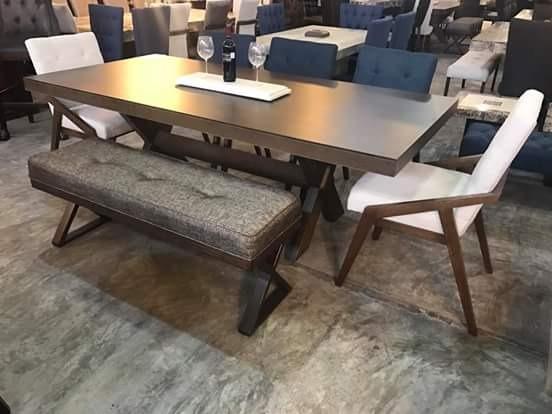 Comedores modernos de 8 6 sillas y banca vintage for Comedores con sillas altas
