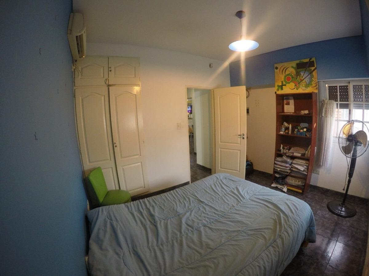 cómoda casa 4 amb cochera p/ 2 autos