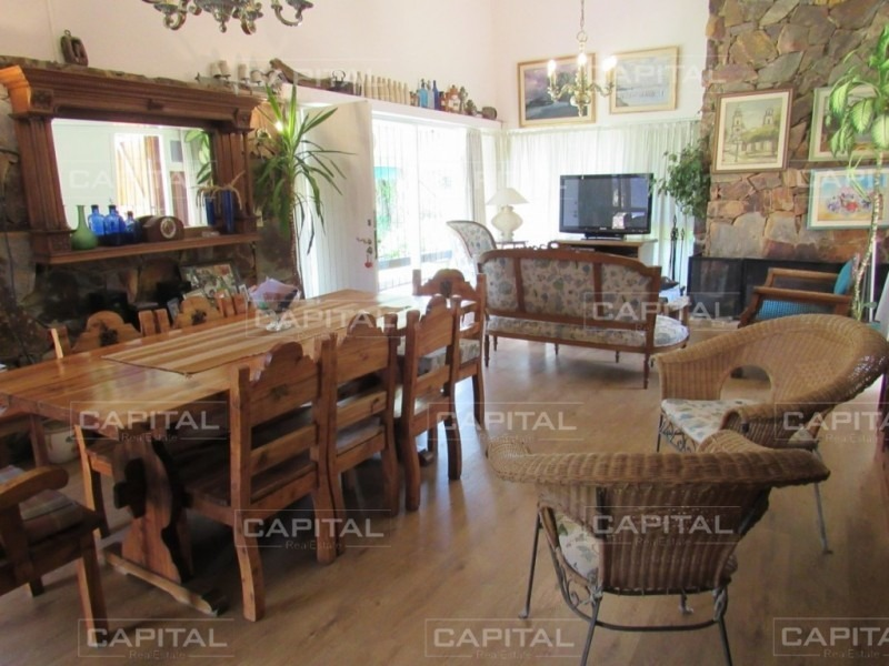 cómoda casa a 3 cuadras del mar - playa mansa-ref:28543