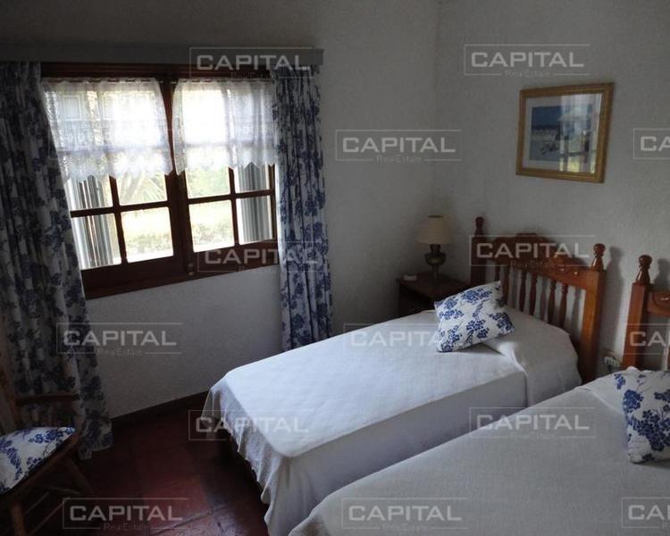 cómoda casa en la barra-ref:25395