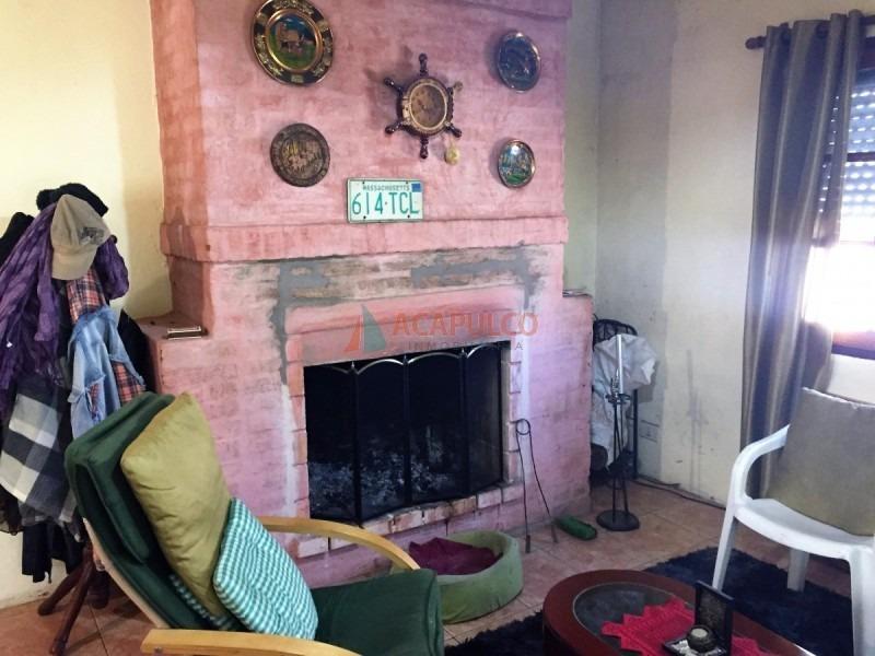 cómoda casa en la sonrisa 3 dormitorios garaje amplio terreno-ref:3314