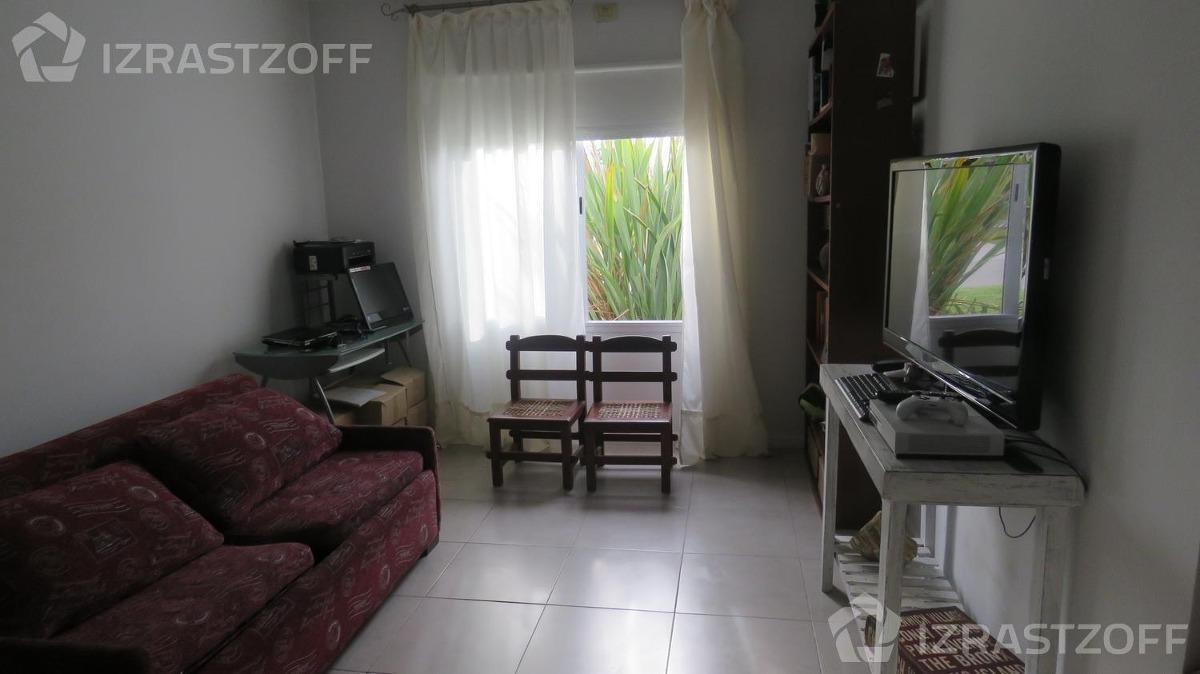cómoda casa, en una sola planta