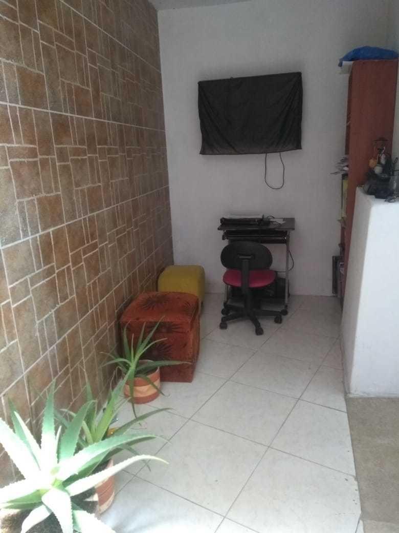cómoda casa, primer piso - 3 alcobas