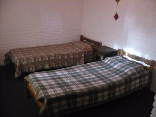 cómoda casa,6 personas,cerca de playa/centro. estufa a leña.