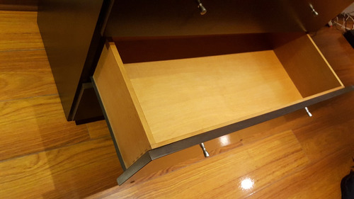 comoda madera maciza con espejo 4 cajones caoba impecable!!