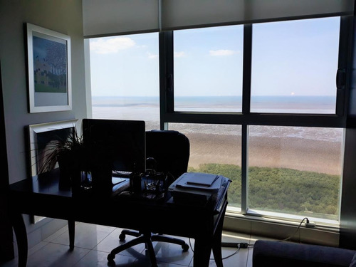 cómodo apartamento en alquiler en costa del este panamá cv