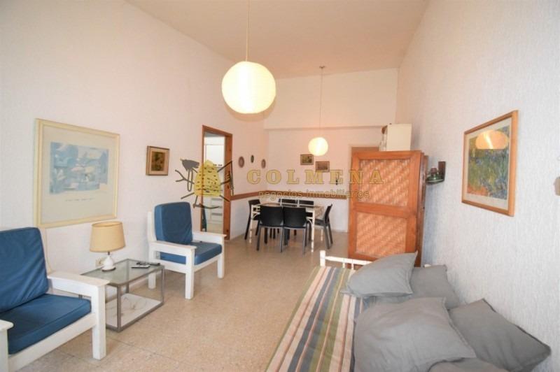 cómodo apartamento en complejo arcobaleno, de 1 dormitorio, 1 baño, cocina definida, terraza y garaje. consulte!!!!!!-ref:2066