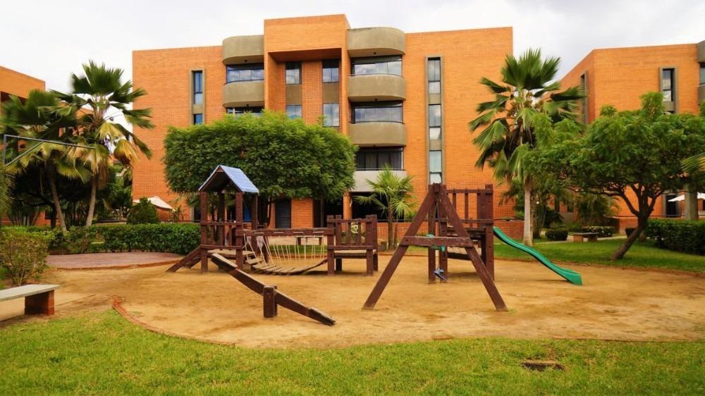 cómodo apartamento en conjunto residencial guaica mar ii