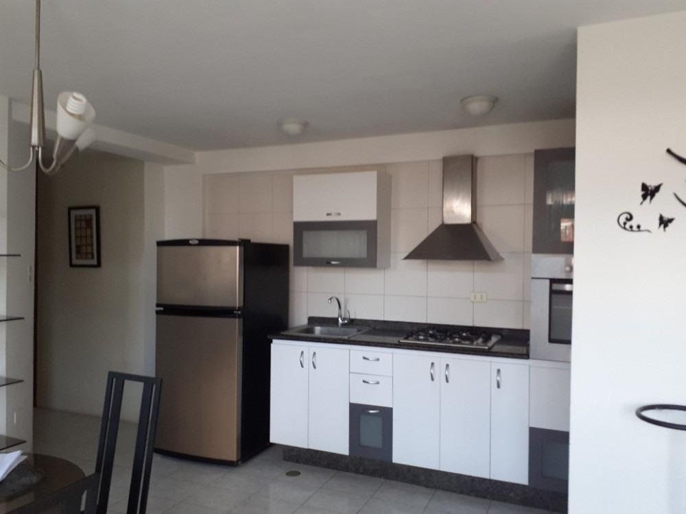 cómodo apartamento fácil acceso, ideal ejecutivos.