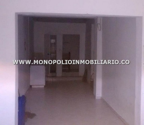 comodo local en arrendamiento - manrique cod: 12823