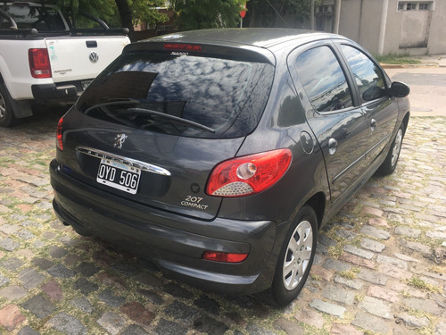 compact autos peugeot 207