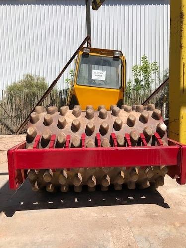 compactador dynapac con tambor tipo pata de cabra