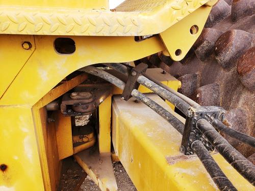compactador pata de cabra caterpillar cp563c obras publicas