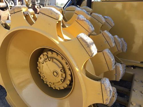 compactador rodillo pata de cabra marca  caterpillar   815b