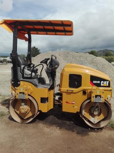 compactadora 2.5 toneladas, doble rodillo, año 2015