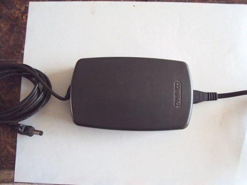 compaq 147679 002 cargador de baterias para computadora port