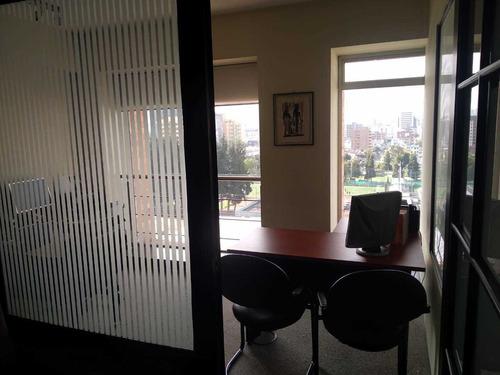 comparto oficina arriendo privado edificio corporativo