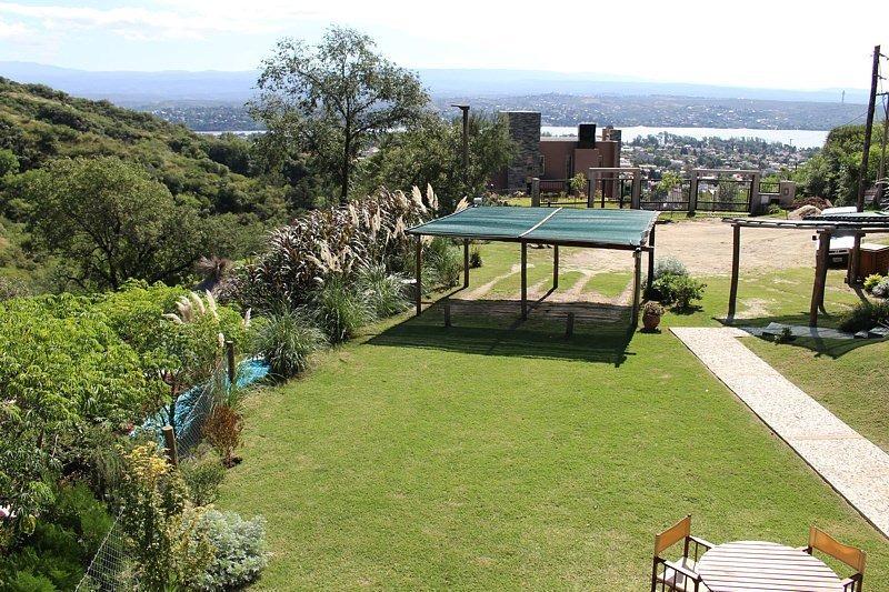 complejo de 5 bungalows a la venta en v.carlos paz