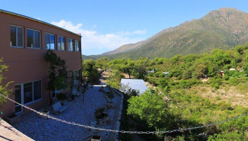 complejo de 8 aparts  en venta- capilla del monte- córdoba