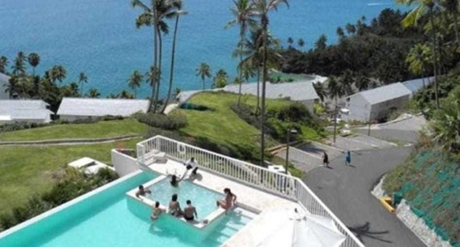 complejo de apartamentos frente a las playas las terrenas .