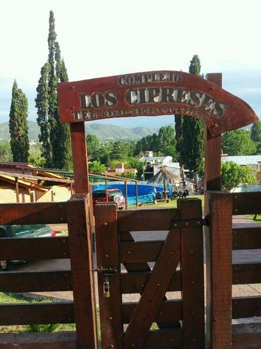 complejo de cabañas en carlos paz, jacuzzi,3 piscinas,parque