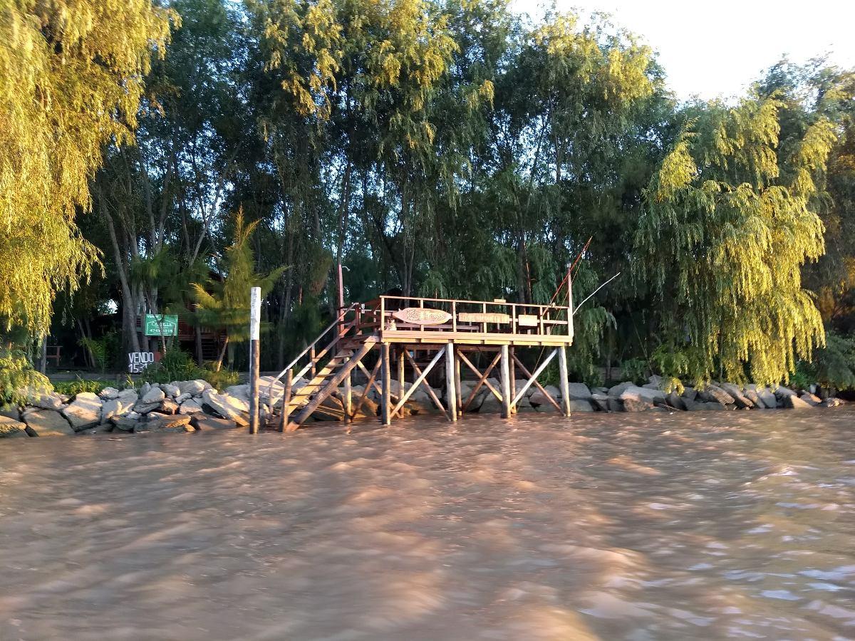 complejo de cabañas en el delta